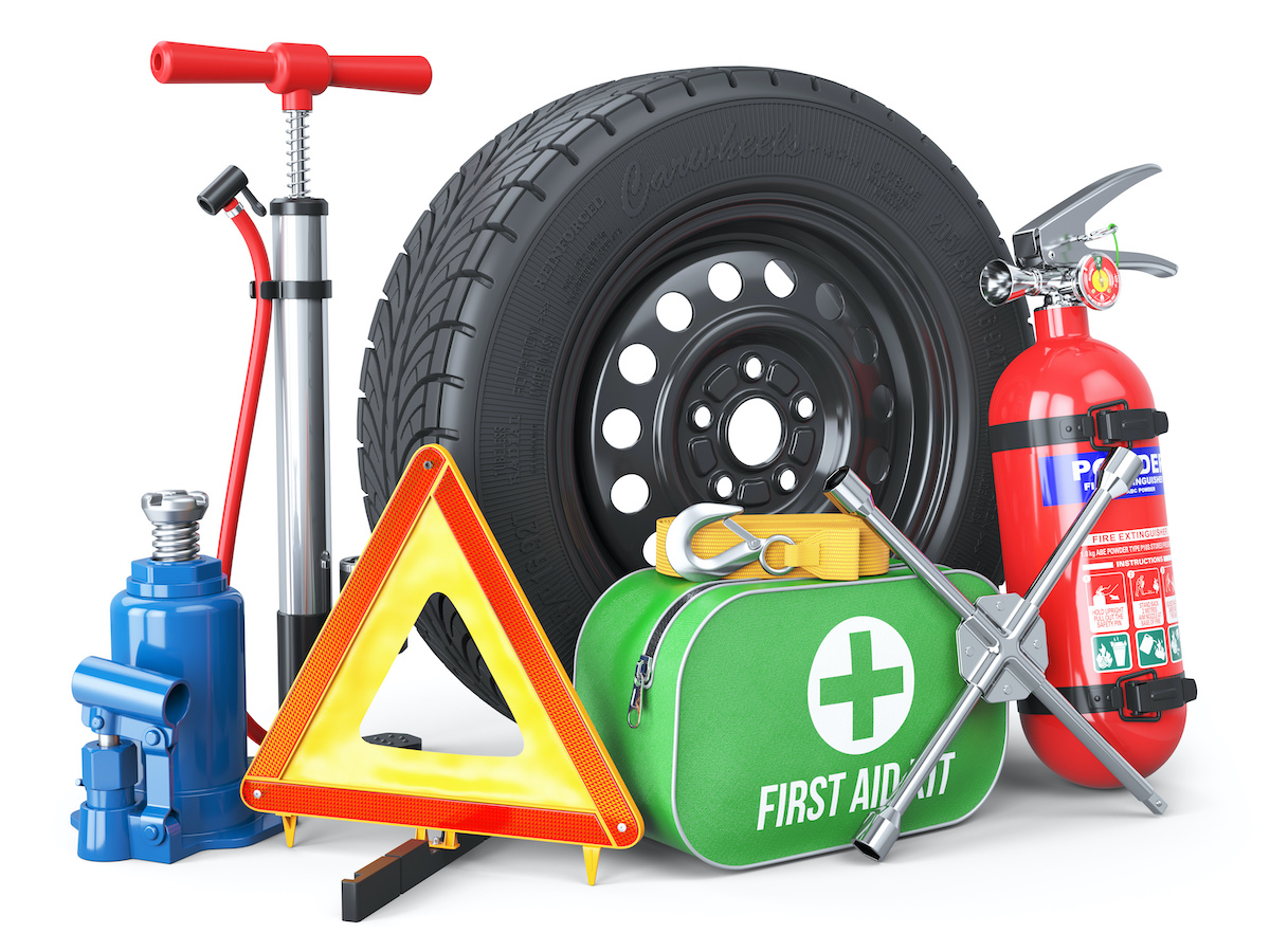 5 Essential Items for Your Vehicle's Emergency Kit